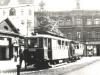1949 tramvajová souprava vedená vozem č 35 stojí za pozdního odpoledne před Průmyslovou školou na náměstí Zd. Nejedlého | www.telma.unas.cz