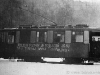 31. 1. 1959 smutečně vyzdobený vůz 46 v horním Dubí v poslední den provozu Teplické malodráhy | www.telma.unas.cz