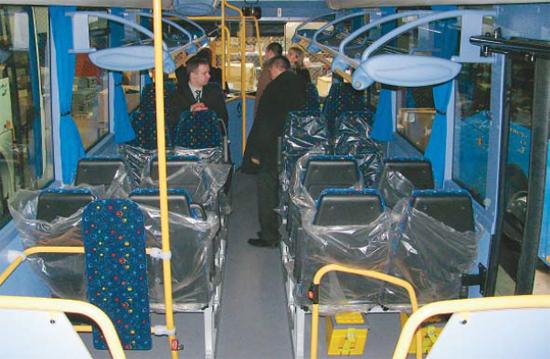 Kontrola autobusů při výrobě - Listy Ústeckého kraje srpen 2014